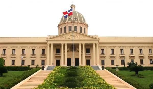 Danilo  Medina designa a  Rubén Montas y a  Emigdio Mercedes en EDESUR y EDEESTE