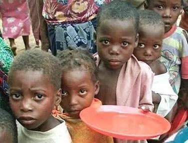 Aún hay unos mil millones de pobres en el mundo, según PNUD