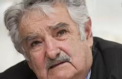 """Presidente Mujica descarga su ira: """"Los de la FIFA son una manga de viejos hijos de puta"""""""
