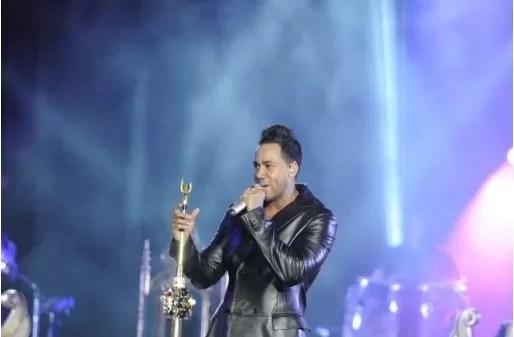 Romeo Santos revienta el Estadio Olímpico y lleva grandes estrellas a su concierto como invitados