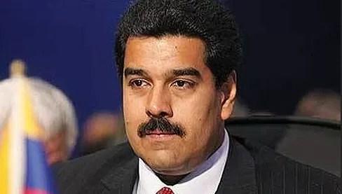 """Chávez es """"consciente"""" de lo """"complejo"""" de su estado de salud, dice Maduro"""