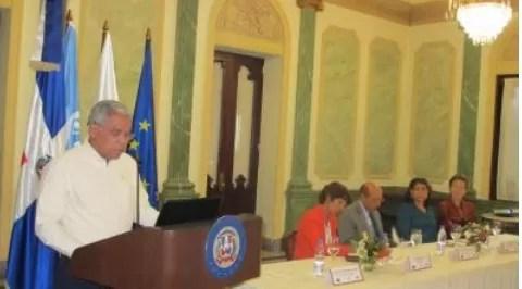 Informa La Oficina Nacional de Estadística que en República Dominicana residen 524 mil 632 inmigrantes