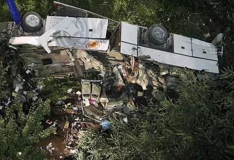 39 muertos en accidente de autobús en Italia