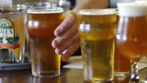 """Lanzan al mercado cerveza """"en polvo"""""""
