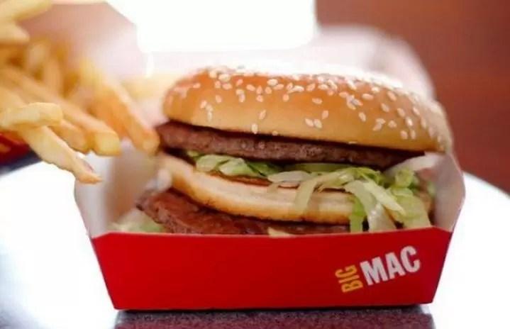 Chile: Multan a McDonald's por vender hamburguesa con cola de ratón