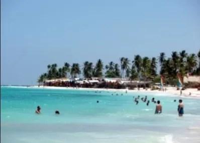 RD registra cifra récord de turistas en  once meses