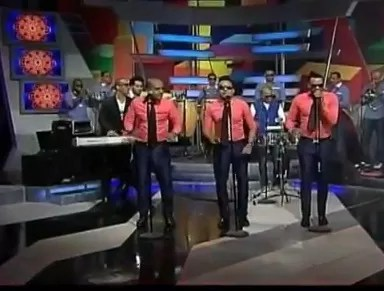 Así no ¨Chiquito Team Band¨