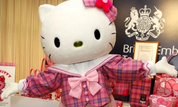 Hello Kitty festeja sus 40 años desafiando a los personajes modernos