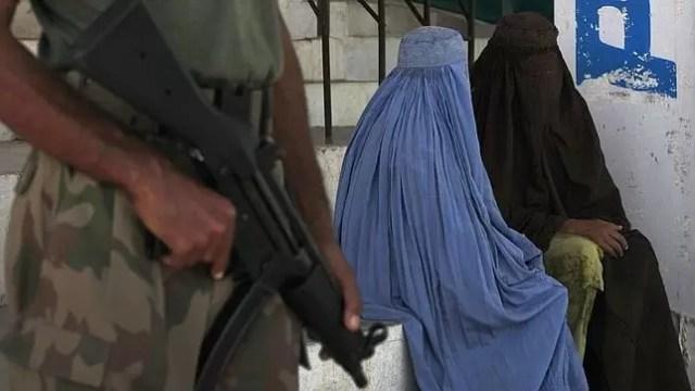 mujeres talibanes