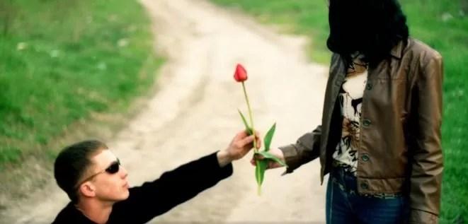 Experto señala que para ser feliz en una relación debes cambiar de pareja cada 5 años
