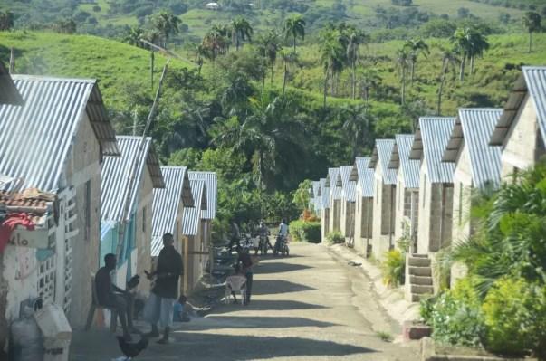 Viviendas haitianos puerto plata