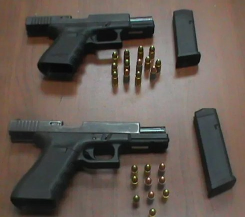 Pistola con balas