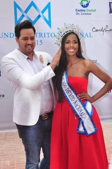 Aura De Castro 1