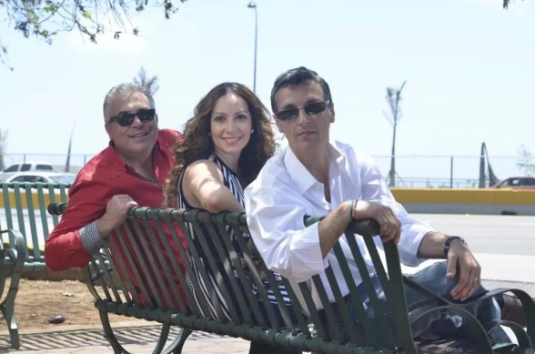 Cavada, Miralba y Pinky