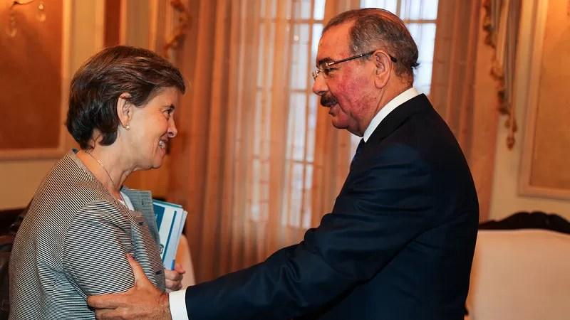 Durante su visita al presidente Medina, Marta Santos explicó la importancia que tiene esta iniciativa en la niñez dominicana.