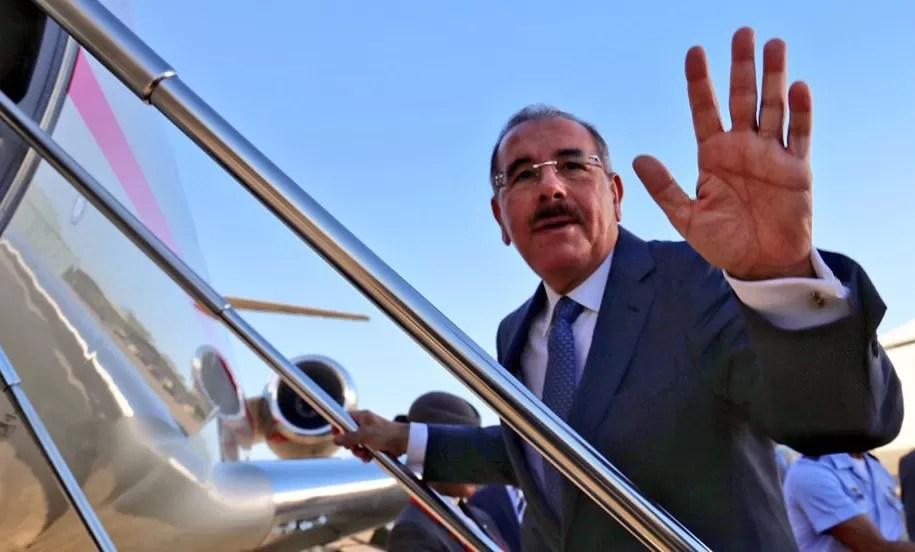 Danilo Medina se va para Francia mañana