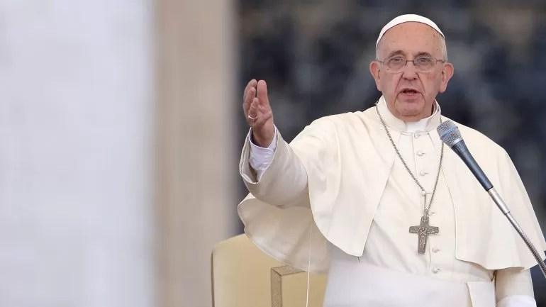 El papa condena los atentados de París: «No hay justificación religiosa ni humana»