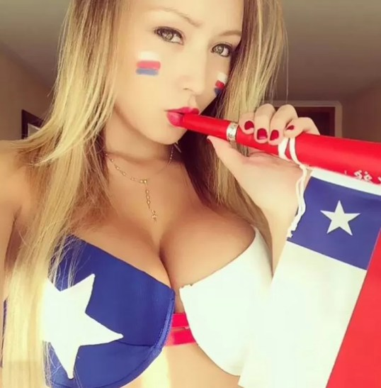 Daniella Chavez  (5)
