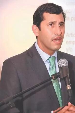 Roberto Herrera asume la presidencia de la Asociación Dominicana de la Industria Eléctrica