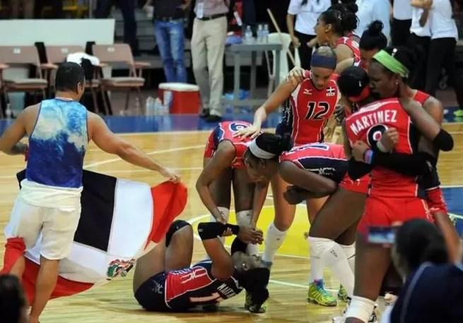 """Las """"Reinas del caribe"""" no tienen seguro médico ni una cancha donde entrenar"""