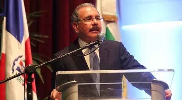 7 encuestadoras dan favorito a Danilo Medina