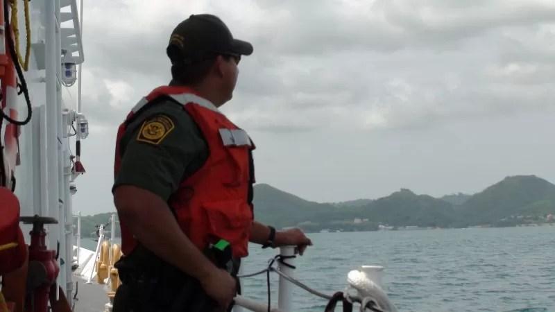 Detienen a cuatro dominicanos al tratar de entrar ilegalmente a Puerto Rico