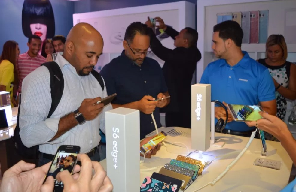 Samsung introduce al mercado dominicano los equipos  Galaxy S6edge+ y Galaxy Note5