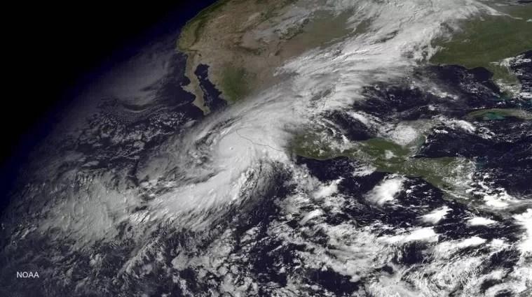 Catástrofes naturales costaron 85.000 millones de dólares en 2015