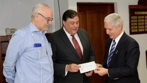 El Gobierno dominicano entrega RD$14 millones para Serie del Caribe