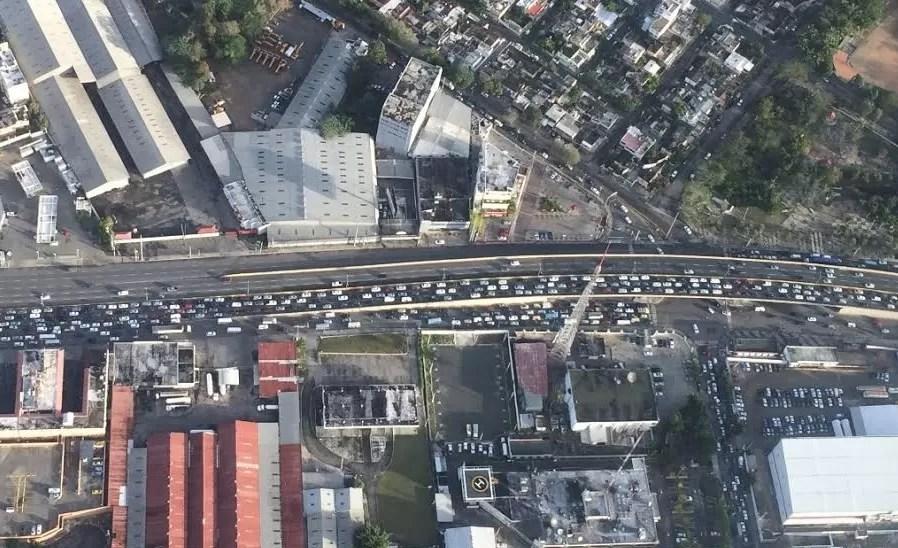 Los tapones hacen perder 6mil pesos mensuales a los conductores
