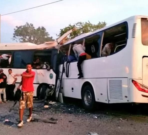 Se elevan a 11 muertos en accidente en carretera Verón-Higüey