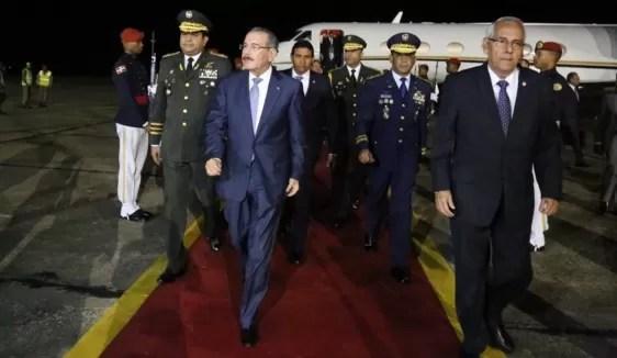 Danilo Medina regresó anoche
