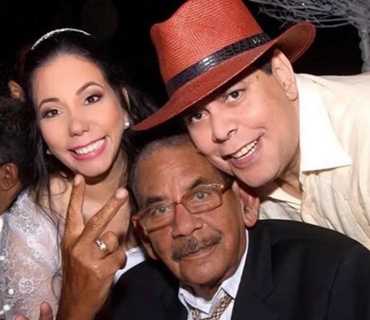 Confirman la muerte del padre de Fernando Villalona