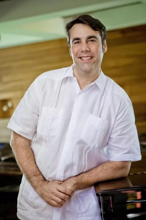 Sr. Ivan Cunillera, Gerente General del hotel Catalonia Santo Domingo
