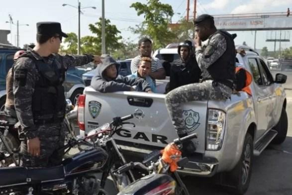 Motoristas detenidos con perfil sospechoso/ Imagen de Edward Roustand
