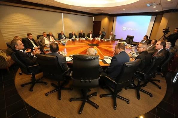 El Banco Popular Dominicano ofreció a directores de medios y líderes de opinión pública los resultados financieros obtenidos durante 2015, ejercicio en el cual la entidad bancaria logró activos por RD$303,670 millones, el 9.8% más sobre el año anterior
