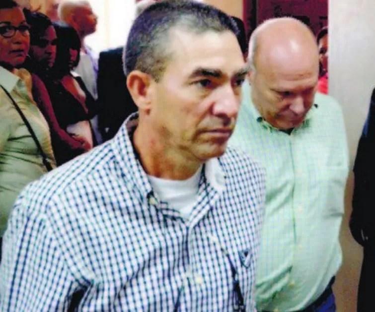 Dictan un año prisión a militares por  tráfico de armas
