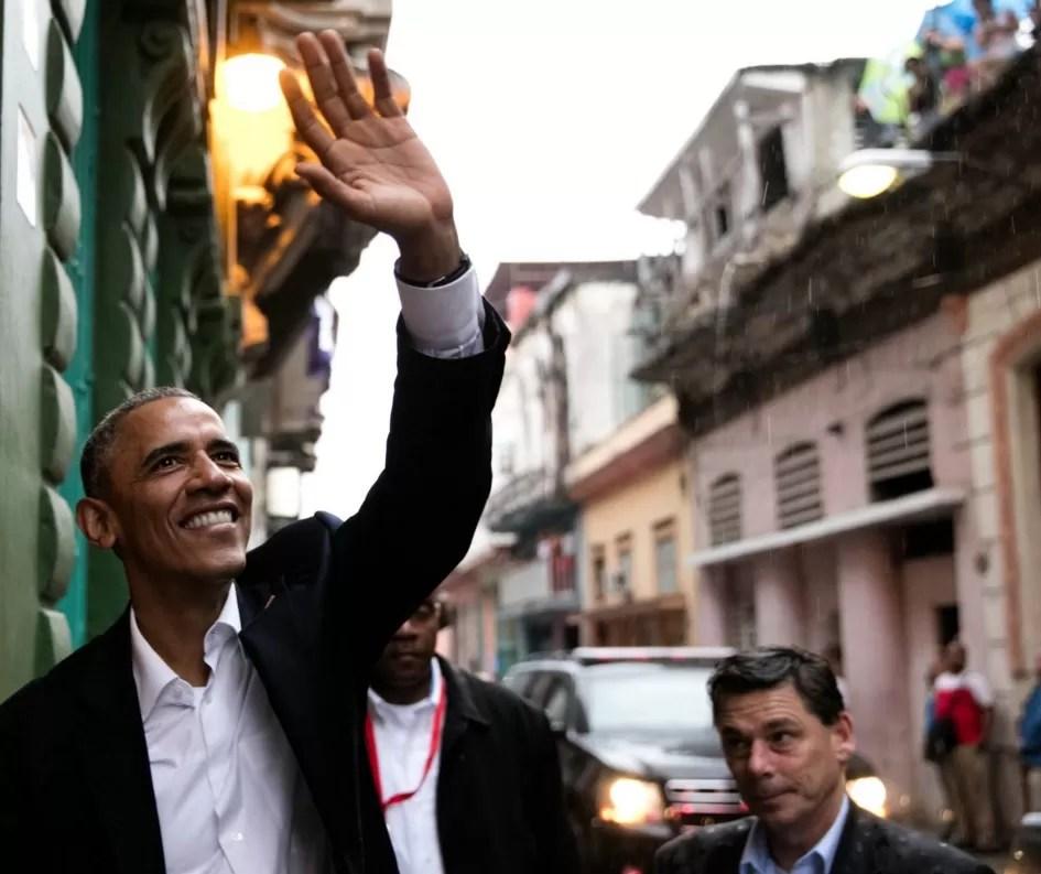 Obama paseando en Cuba/ (Official White House Photo by Pete Souza)