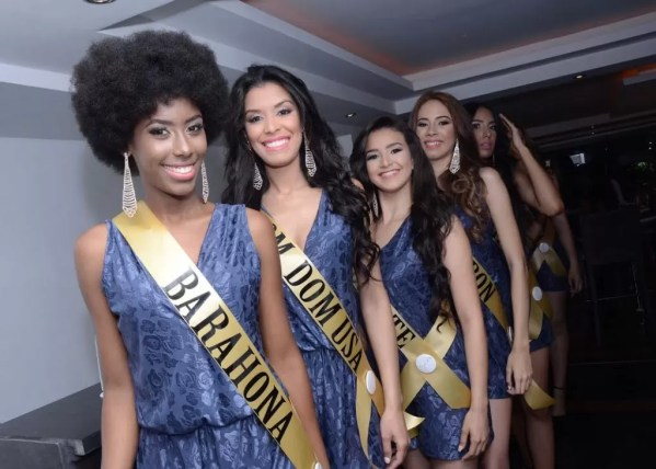 Chicas miss Grand