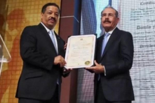Roberto Rosario y Danilo Medina
