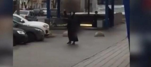 mujer-asesina-metro
