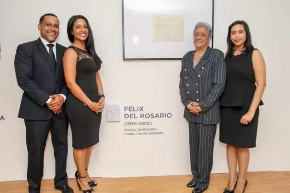 El artista Félix del Rosario tiene un espacio en la muestra.