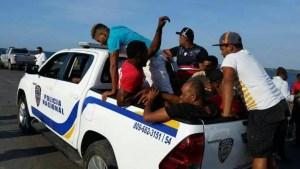 Pescadores traen adolescente muerto en barco y los apresan a todos