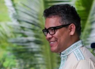Carlos Peña arremete contra reelección de Danilo Medina