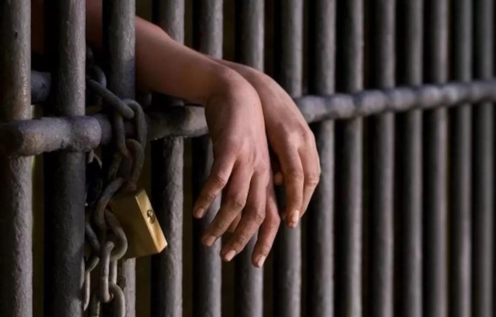 Condenan a 20 años de prisión a hombre por robo a mano armada en Nagua