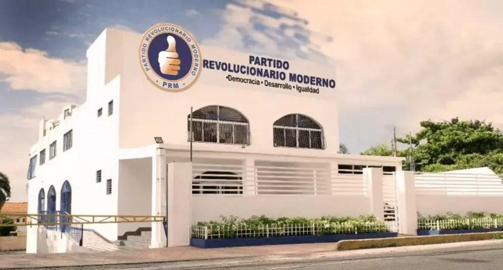 Dirigente del PRM renuncia por la presión de los que están sin cargos