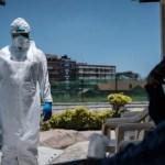 OMS estima que Covid-19 habría matado entre 80.000 y 180.000 trabajadores sanitarios