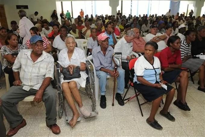 ONE informa RD tiene una población joven con tendencia al envejecimiento