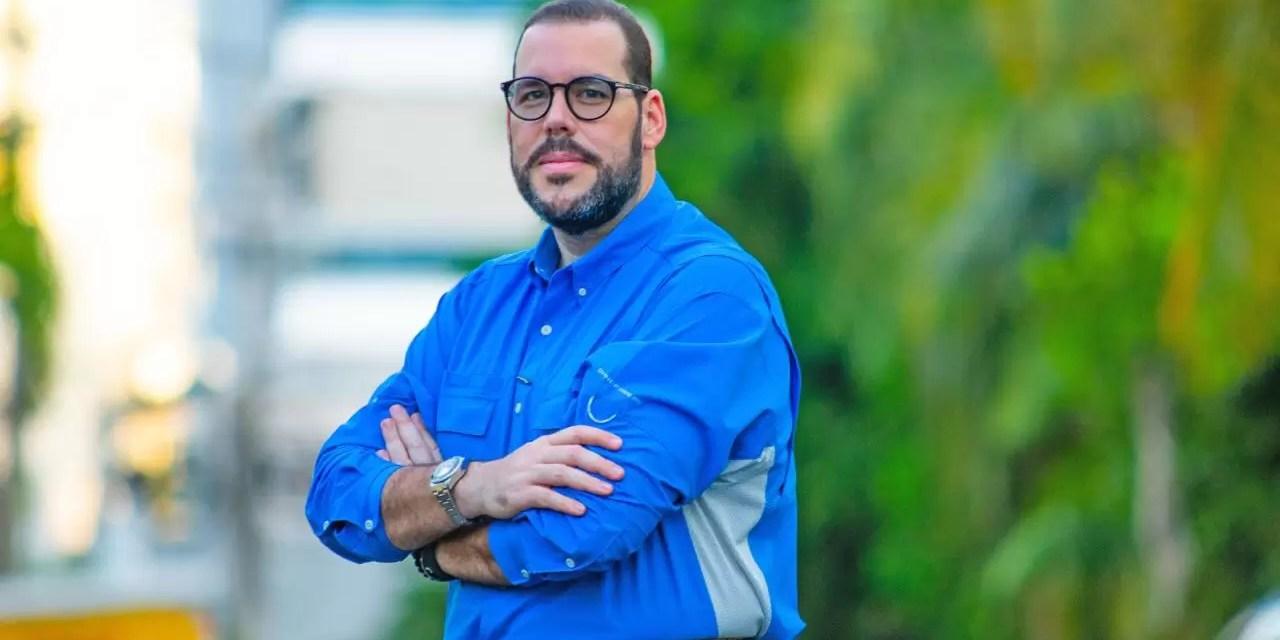 Víctor Gómez dice son falsos los señalamientos de corrupción en su contra
