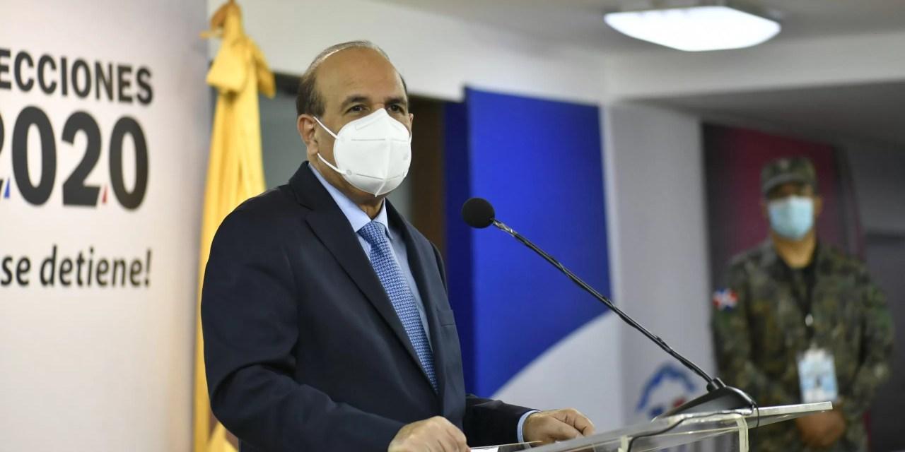 Presidente de la JCE pide paciencia a quienes esperan los resultados de los diputados